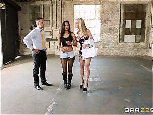 Brandi enjoy lets ho-bo Abbey Lee Brazil plow her dude