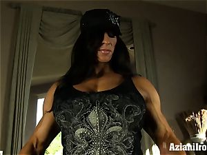 Muscle tied cougar uses her glass faux-cock till she shoots a load