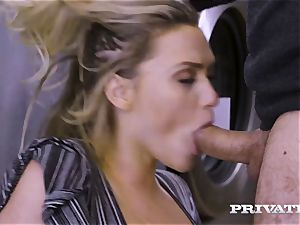 Private.com - Mia Malkova gets pounded in the laundry