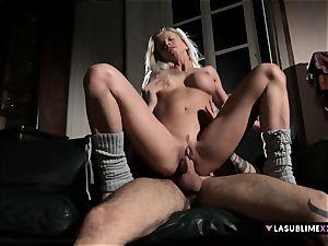 LASUBLIMEXXX huge-chested milf Lara de Santis has romp wish