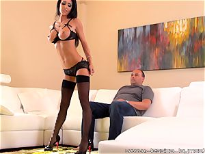 Jessica Jaymes blows off freak that lives down the street from her