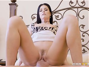 milf India Summers messes with her dangled daughters boyfriend