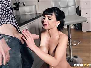 jizz-shotgun plumbing Valentina Ricci