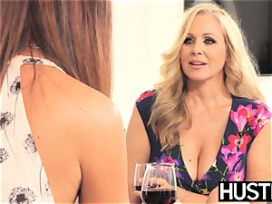 unbelievable Julia Ann muff toyed harshly by big-titted dyke