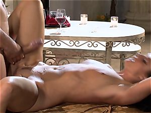 India Summers India Summers is lovinТ the meaty man-meat pleasing her super-steamy cootchie har