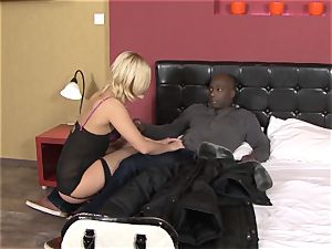 Invited a stranger hotwife trainer to smash light-haired wife