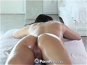 nice Gracie Dai gets a mind-blowing massage