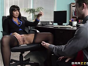 latin assistant Mercedes Carrera seduced her new manager in the office