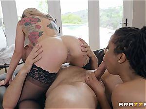 3some joy with Kira Noir
