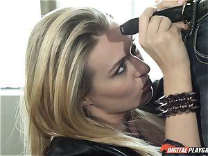Natalia Starr romps her prospective manager