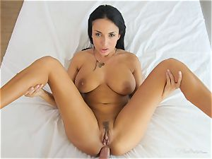 Milfy mommy Anissa Kate pounded deep in her twat pie